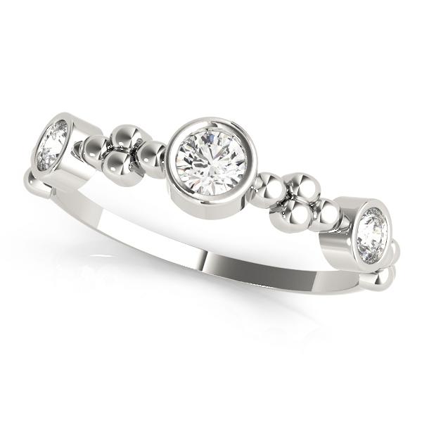 18k-white-gold-bezel-set-diamond-wedding-ring-84988
